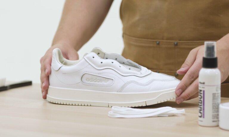 witte sneakers schoonmaken